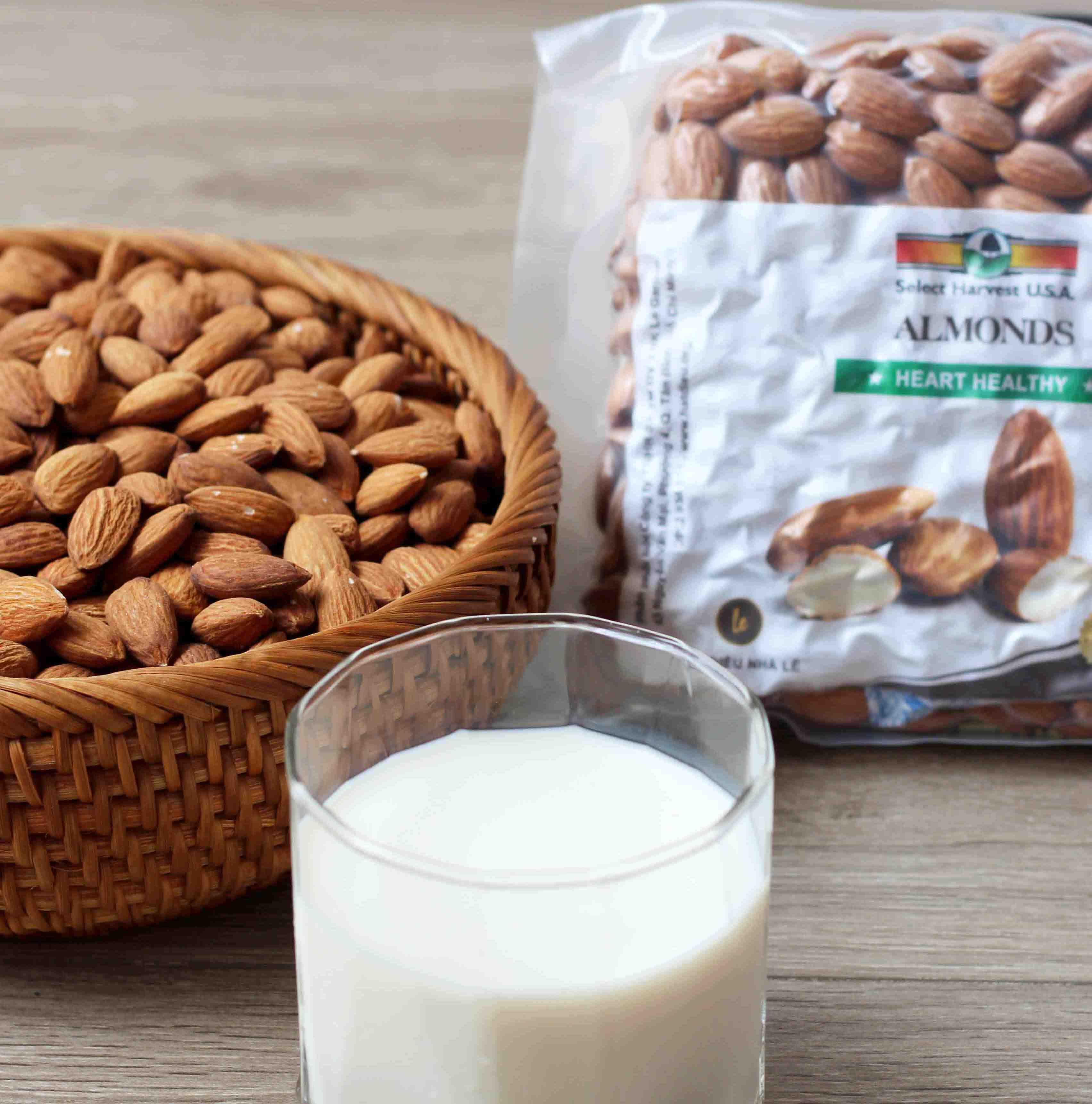 Hạnh nhân tươi chuyên làm sữa 500g (nhập khẩu Mỹ)