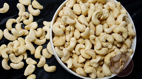 Hạt điều tươi bóc vỏ  500g (dành làm sữa hoặc nấu ăn)